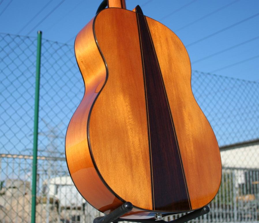 Flamenco gitarre massive engelmann fichte fishman pu for Weller frankfurt